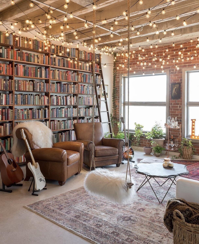 Cozy Homedecoration: An Ultra Cozy Loft In LA . . #interiordesign #cozyplace