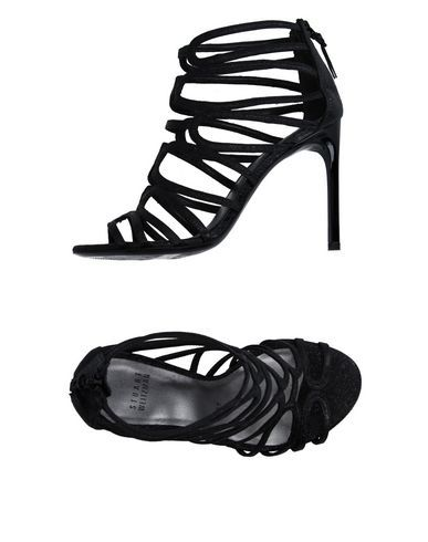 STUART WEITZMAN Sandals. #stuartweitzman #shoes #sandals