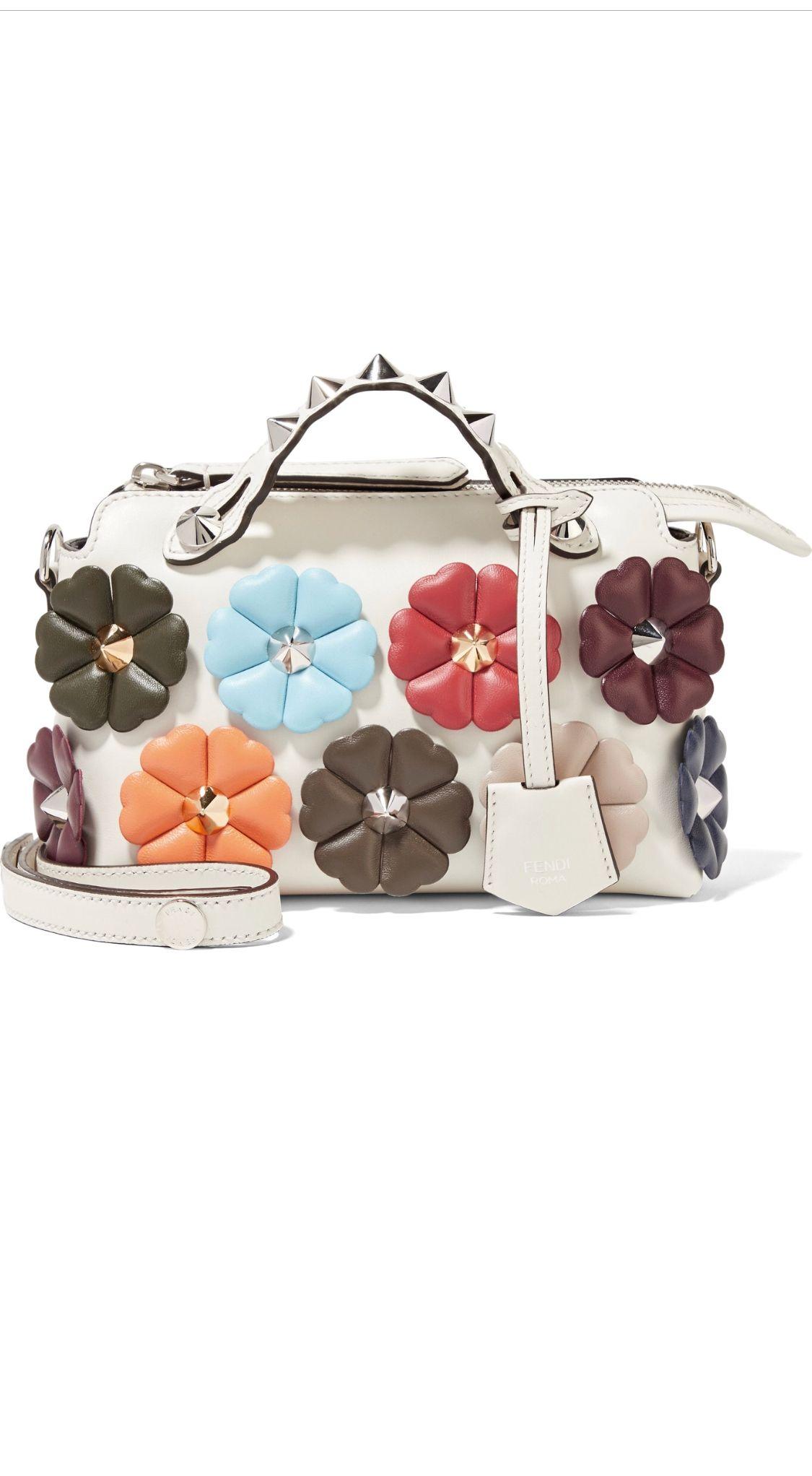 10724233ba2 Pin by Alz Marroquin on Bag//Clutch | Fendi bags, Fendi, Top ...