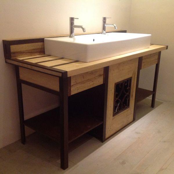 Mobilier fer et bois salle de bain r alis par 2 bois et for Mobilier salle de bain bois