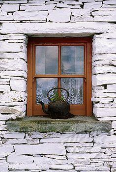 Traditional Cottage Windows Bunratty Folk Park Co Clare Stock Photo 1812 4148 Cottage Windows Windows Beautiful Doors