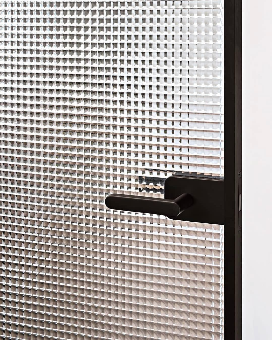 Sherazade Door Collection By Pierolissoni For Glasitalia Swing Pocket Or Slide Door With Our Without Fra Doors Glass Furniture Apartment Decor Inspiration