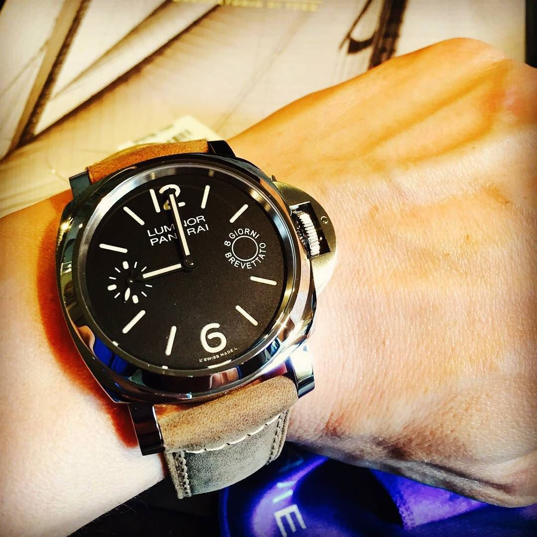 ff9b6b8ae70 Luminor Pam 590 8 giorni brevettato  paneraicentral  panerai  paneraiwatch   paneraistrap  watch  watchporn  watches  watching  watchout  watchmania ...