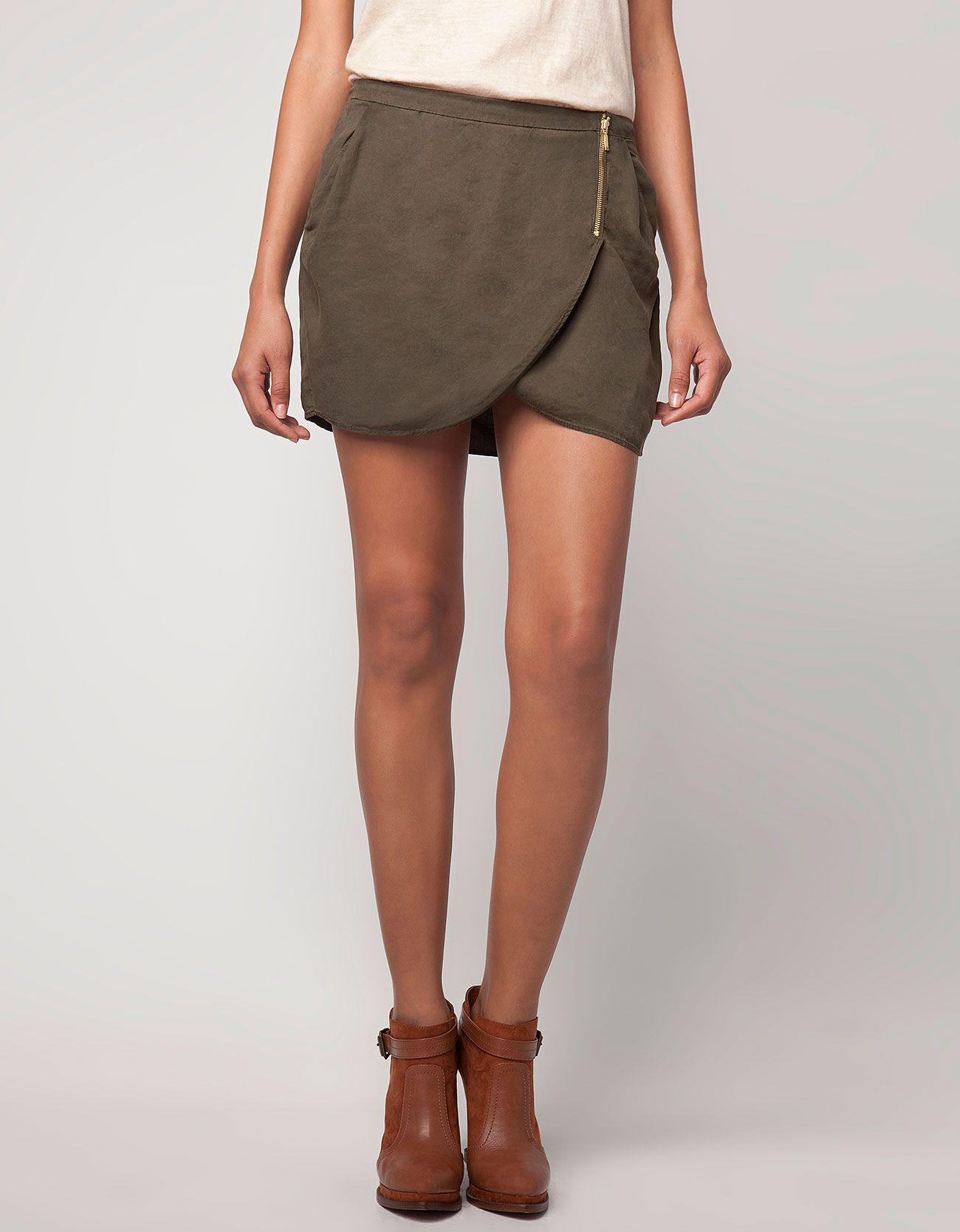 I love this skirt from Bershka