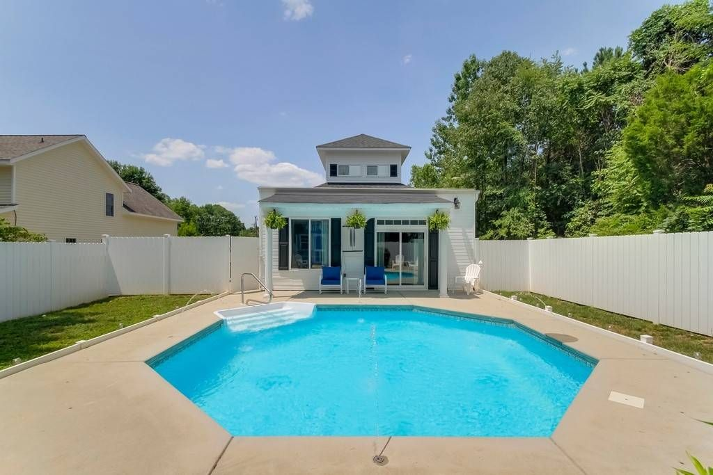 Entire homeapt in mooresville united states the cupola