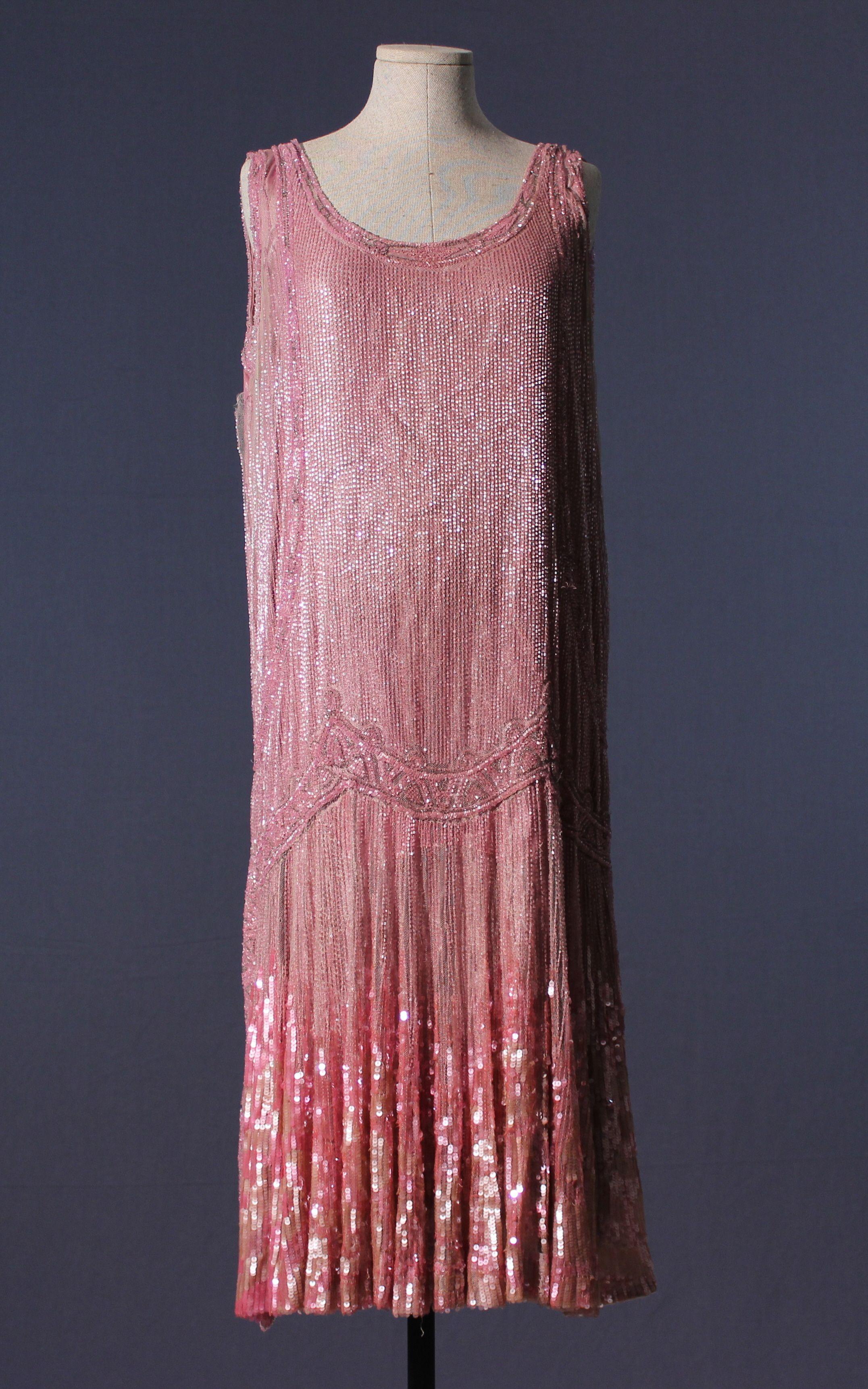 Heavily Beaded Pink 1920s Evening Dress Fashion 1920s Evening Dress 1920s Fashion [ 3444 x 2153 Pixel ]