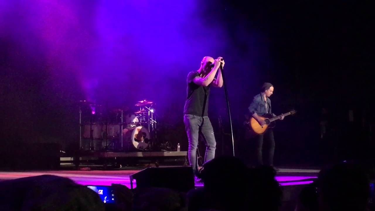 Daughtry - PILLOWTALK (Live at Ft. Benning /Columbus, G.A.)