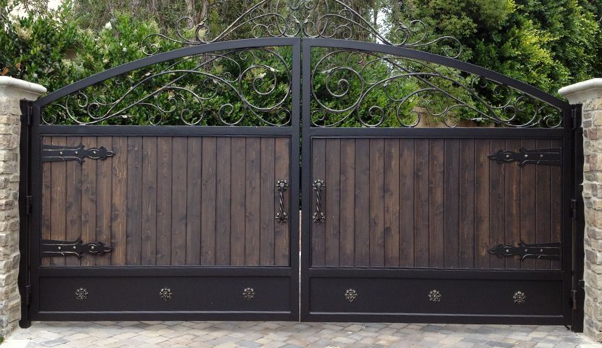 Beautiful Wrought Iron Gate Brown And Black Compliment Each