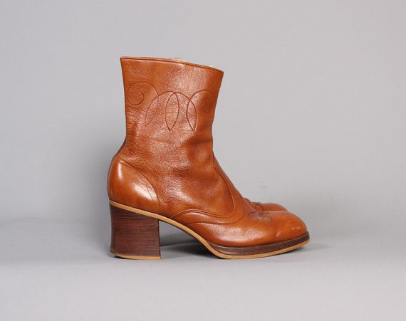 vintage 70s BOHO Brown Leather Ankle BOOTS