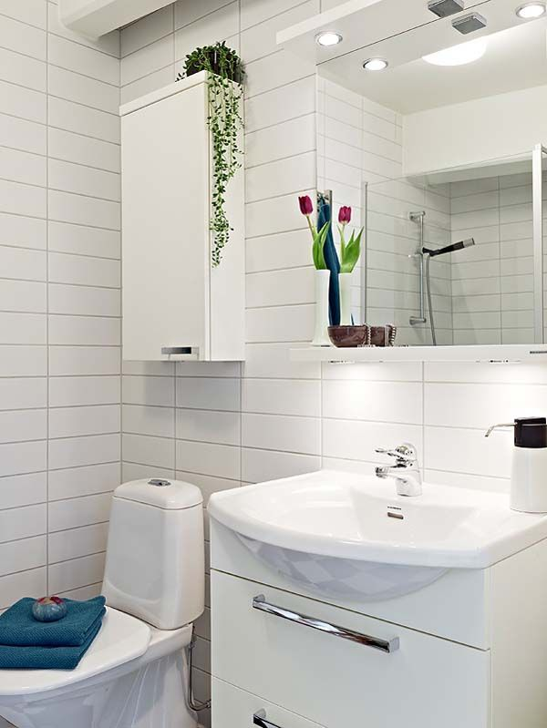 Small Comfort Room Tiles Design: Superb Apartment With Spacious Rooms In Gothenburg's
