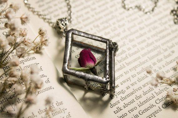 Tiffany jewelry/tiffany jewelry box/jewel box-pendant/ box-pendant/mystery box/glass box pendant/glass gift/box flower/pendant boxes/secret