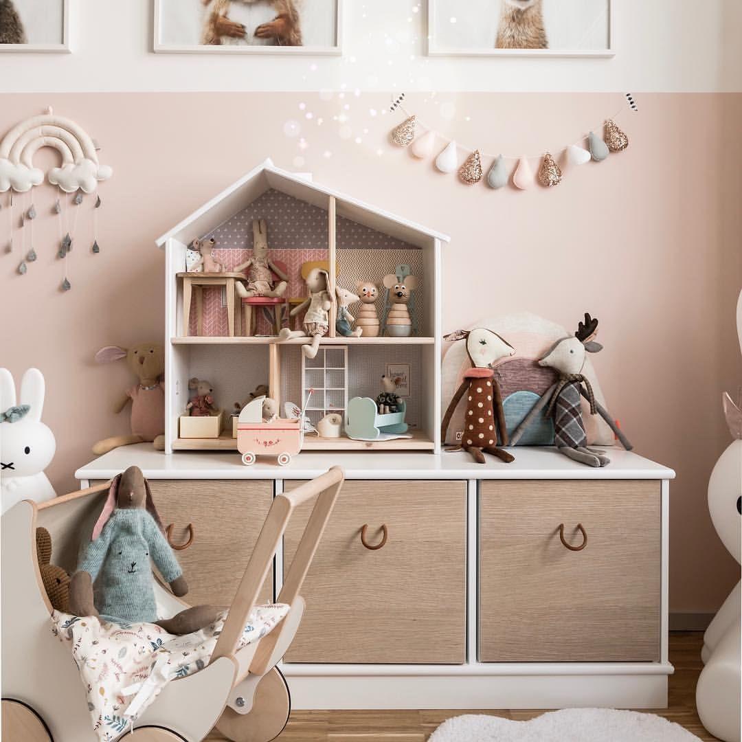 Unser Puppenhaus Im Kinderzimmer Miniundstil Puppenhaus Kinderzimmer Madchenzimmer Girlsroom Kidsro Kids Bedroom Decor Baby Girl Bedroom Toddler Bedrooms