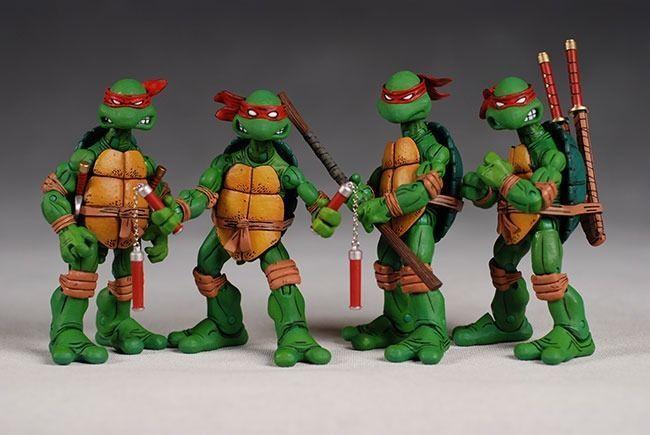 4 PCS NECA TMNT TEENAGE MUTANT NINJA TURTLES RED HEADBAND Action Figures in Box