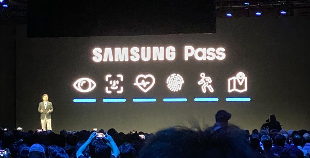Samsung just straightup copied Apple's Face ID icon in