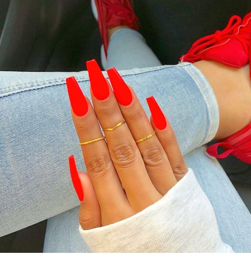Stylish  Acrylic Nails Ideas