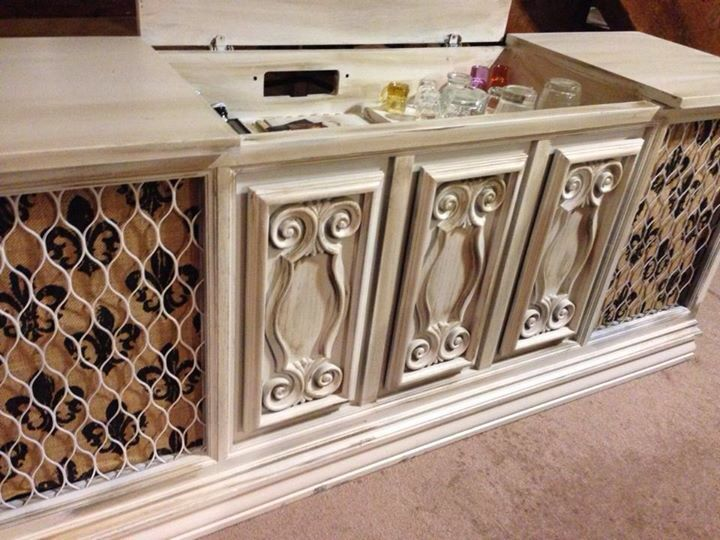 Turned Old Stereo Cabinet Into A Bar Stereo Cabinet Garage Decor Refurbished Furniture
