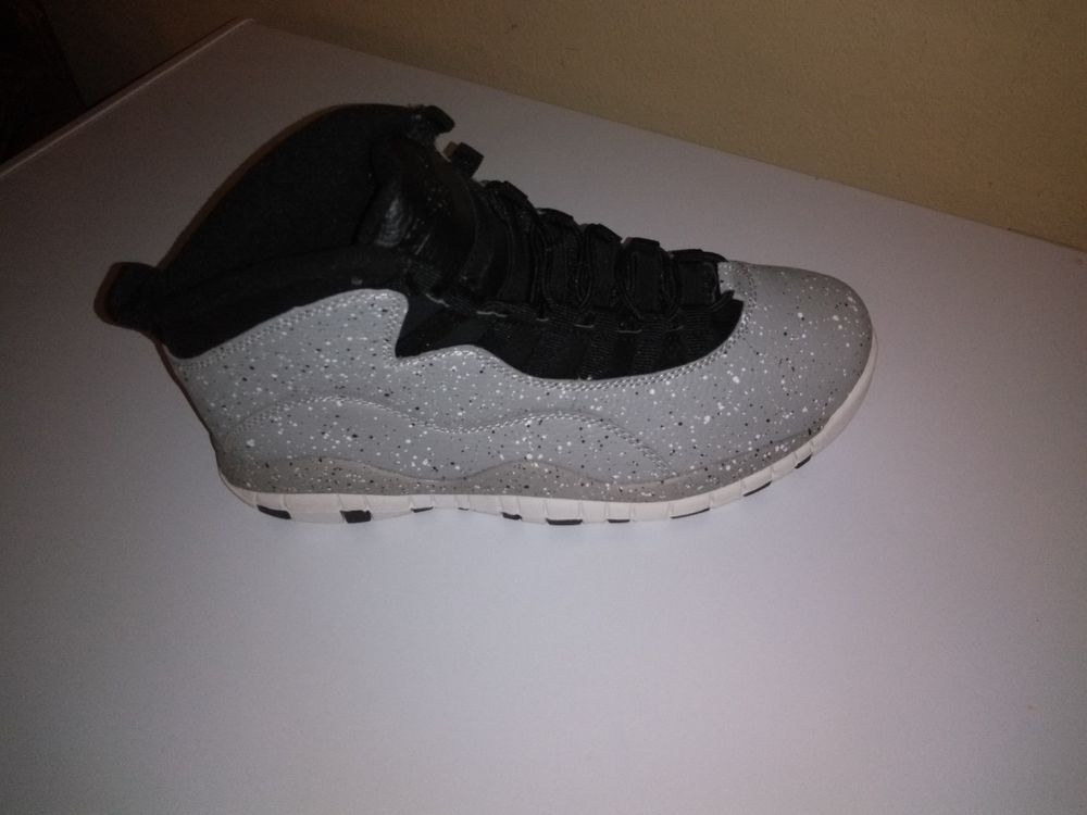 f8ad1035822c Nike Air Jordan Retro X 10 CEMENT Light Smoke Grey size 8.5  fashion   clothing
