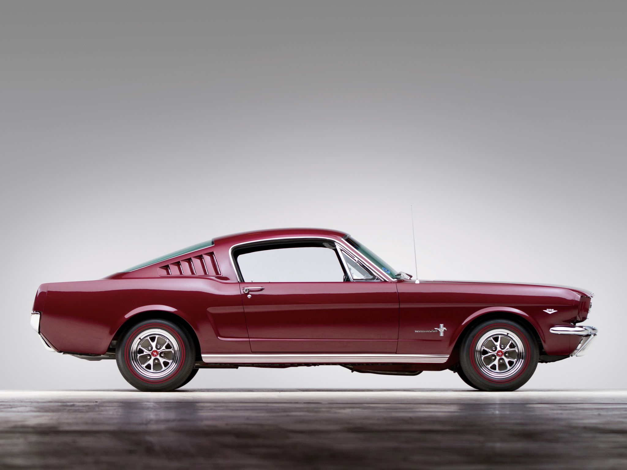 Charmant 1965 Ford Mustang Fastback Muscle Classic D