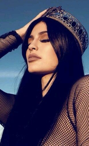 Kylie Jenner Queen And Kylie Image Fotografia Garotas Irmas Jenner Kylie jenner wallpaper iphone 2016