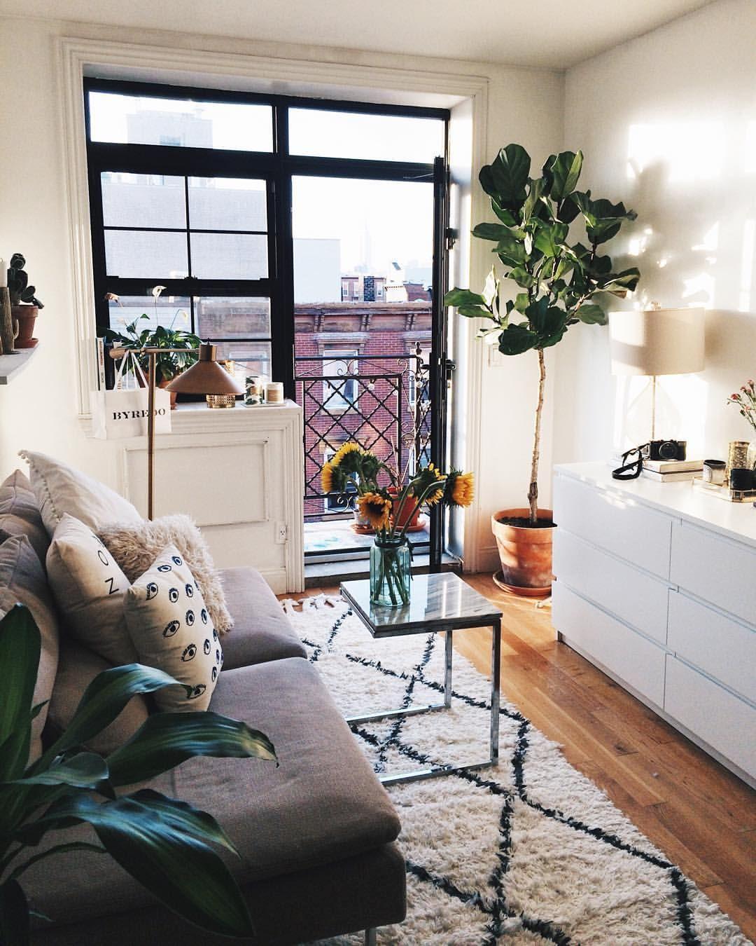"Awesome Small Old Apartment Living Room: Viktoria Dahlberg På Instagram: ""Weekend #home #interior"