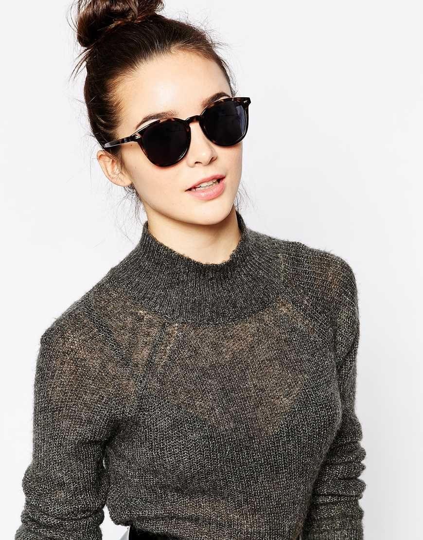 9090a59f01 Image 3 of Le Specs Bandwagon Round Sunglasses