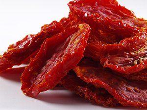 Ingredientes  3 kg de tomates maduros  1/2 xícara (chá) de açúcar  1 colher (sopa) de sal  Molho ...