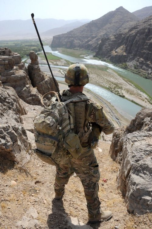 #GunRunnerHell ...... Ridge top… Australian soldier Corporal Daniel Treveton, patrol commander, looks out over the Owshay valley during a security patrol with Afghan National Army soldiers near Patrol Base Tinsley, Uruzgan province. (Photo by Petty Officer Damian Pawlenko 1st Joint Public Affairs Unit)
