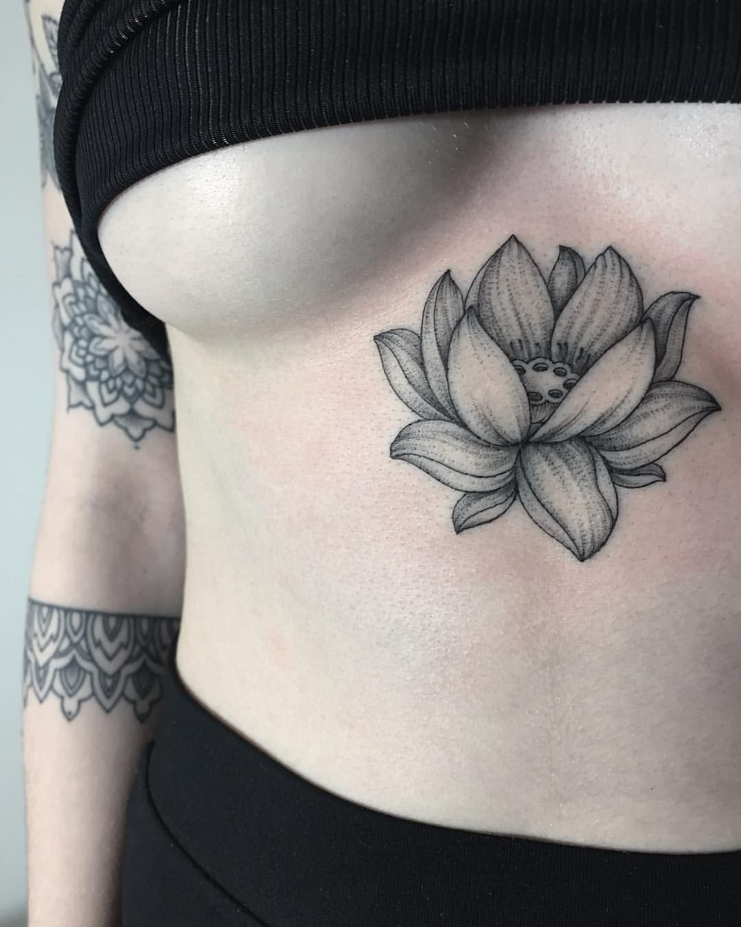 Sashatattooing Photo Tatouages Pinterest Tattoos Lotus