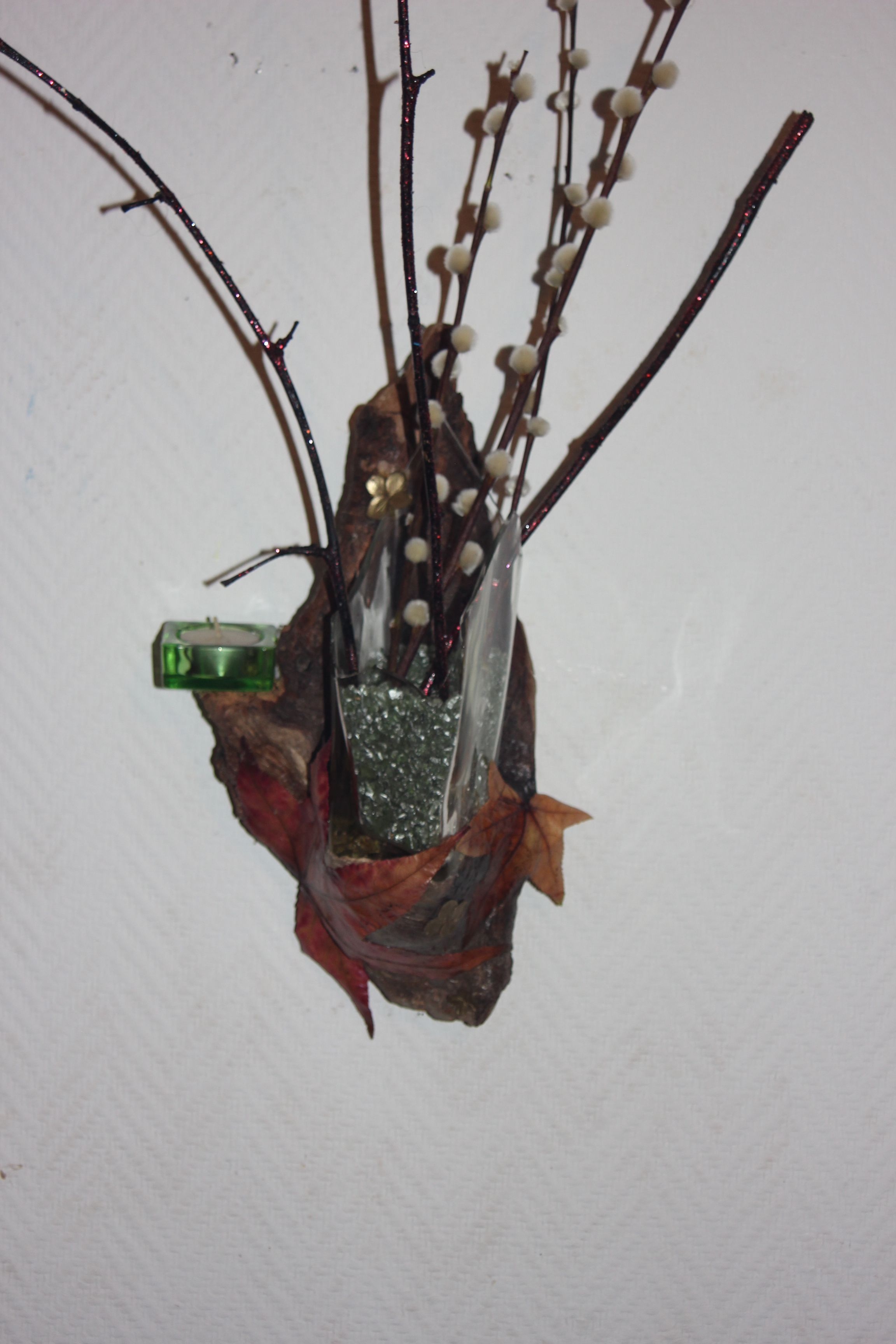 Vase décoratif sur son morceau de bois flotté | Mes créations ! by ...