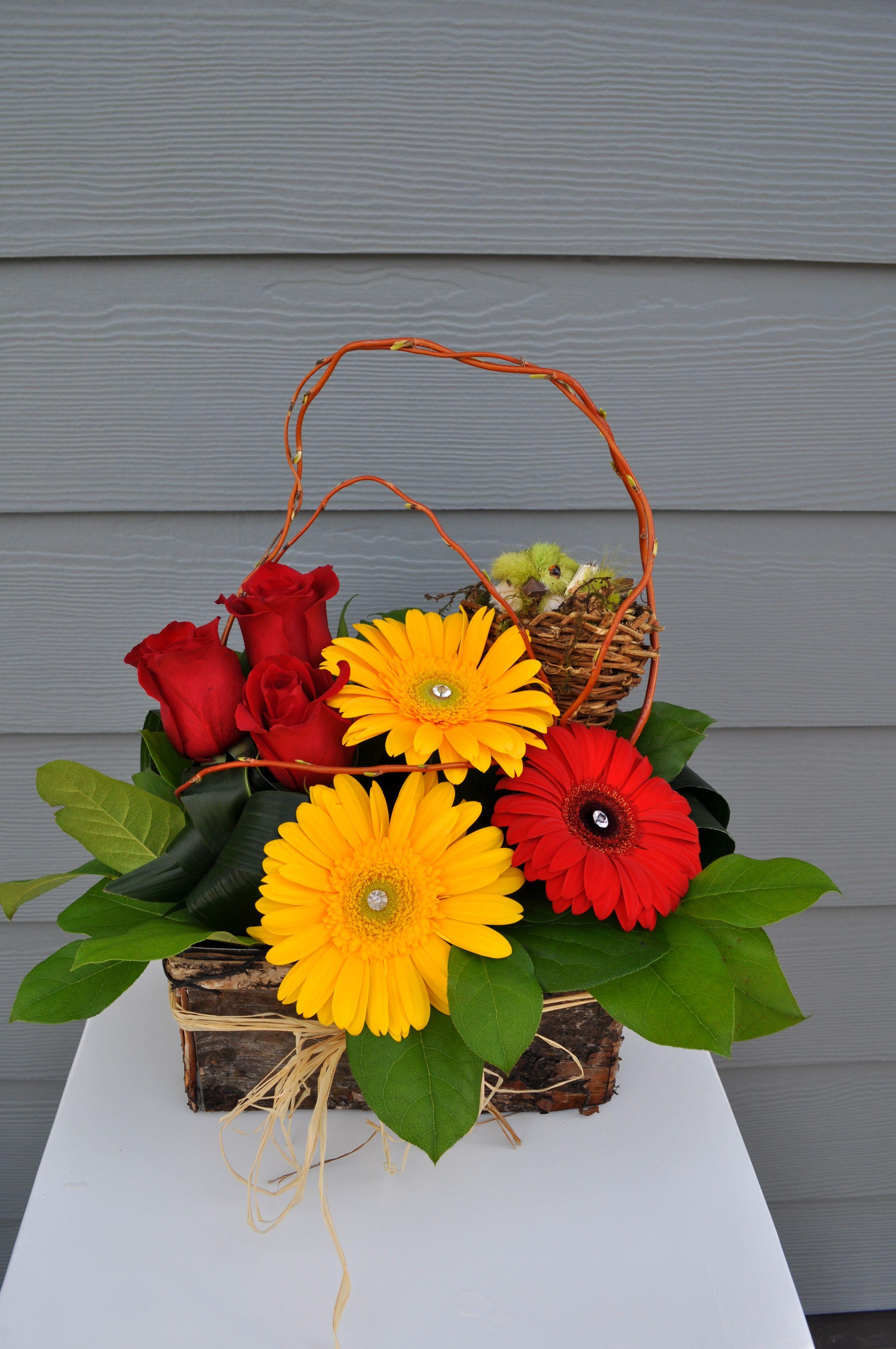 Red & Yellow Garden Flower arrangements, Order flowers