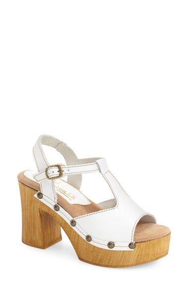 0f41f83f945e Sbicca  Biscayne  T-Strap Sandal (Women)