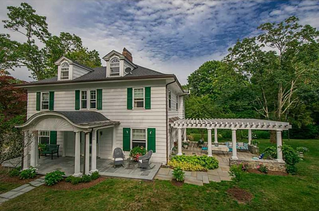 1 Babcock Rd Westerly Ri 02891 Mls 1132333 Zillow Types