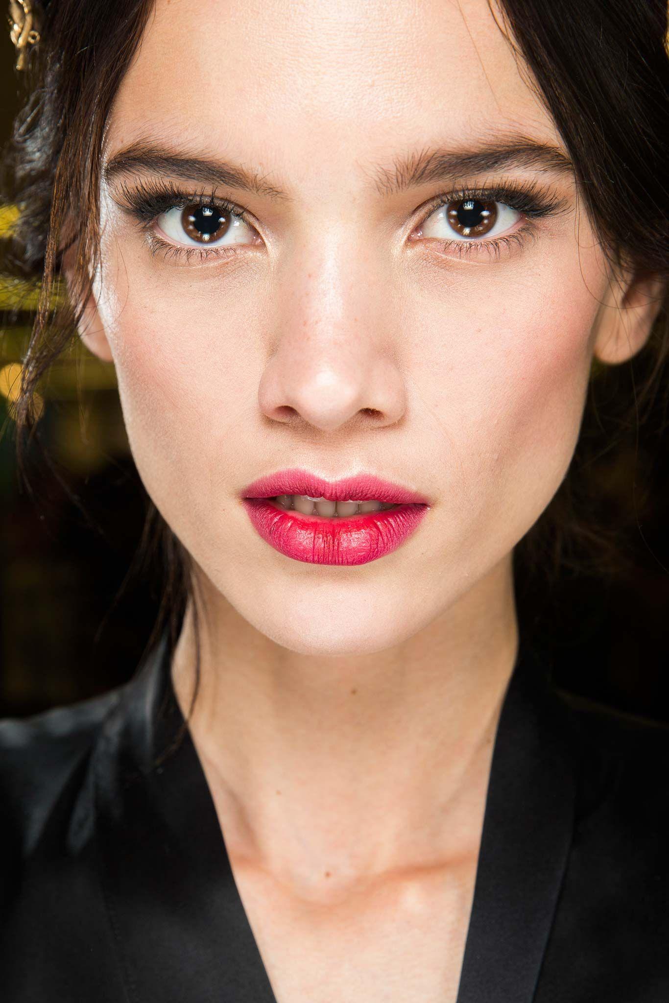Dolce & Gabbana Fall 2015 Makeup Show beauty, Fashion