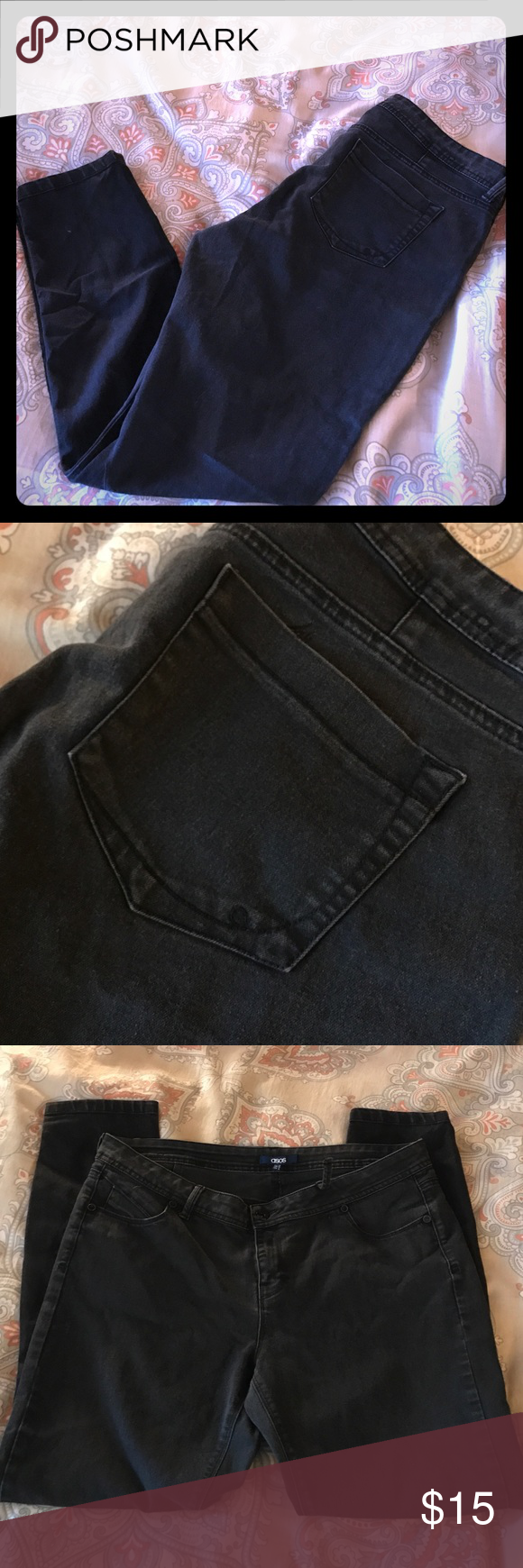 ASOS Skinny jeans w/ flaw 16 These are amazing skinny jeans and I wish they still fit me. They do have a small issue in that one belt loop has detached. There are no holes, it just needs to be resewn down. Perfect condition otherwise. Doesn't effect wear and is easily covered. ASOS Jeans Skinny