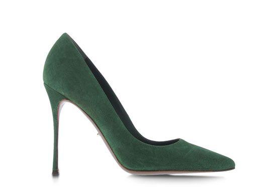 Sergio Rossi escarpins daim vert http://www.vogue.fr/mode/shopping/diaporama/cadeaux-de-noel-feu-vert/10977/image/652984#sergio-rossi-escarpins-daim-vert