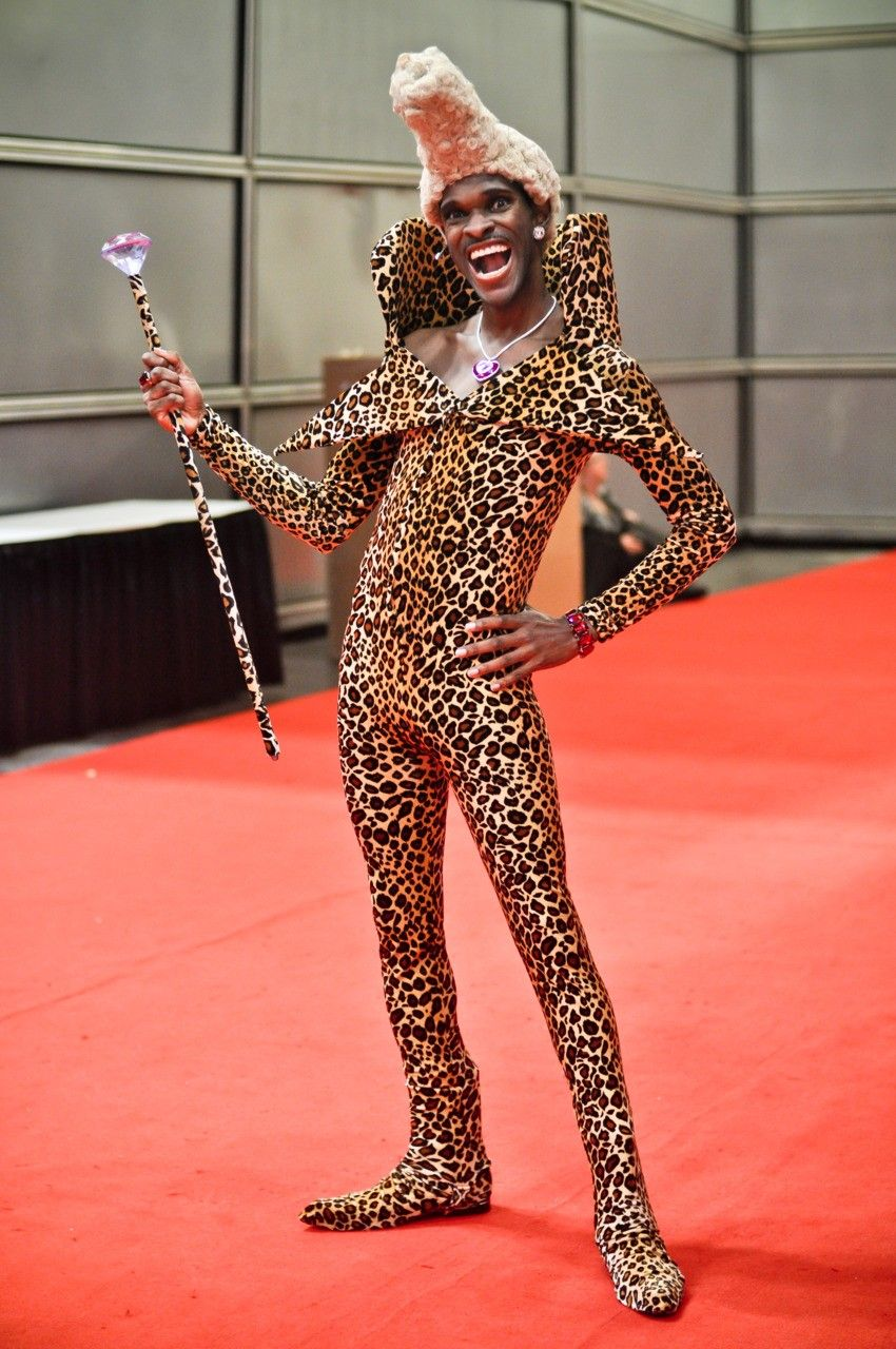 "Ruby Rhod cosplayed by Larry Smith photographed by Ron ""Spidey"