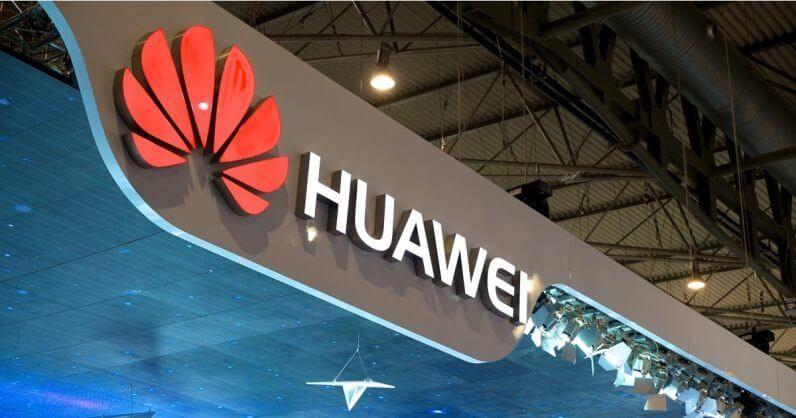 Facebook قام بحظر Huawei من تثبيت تطبيقاته Facebook و