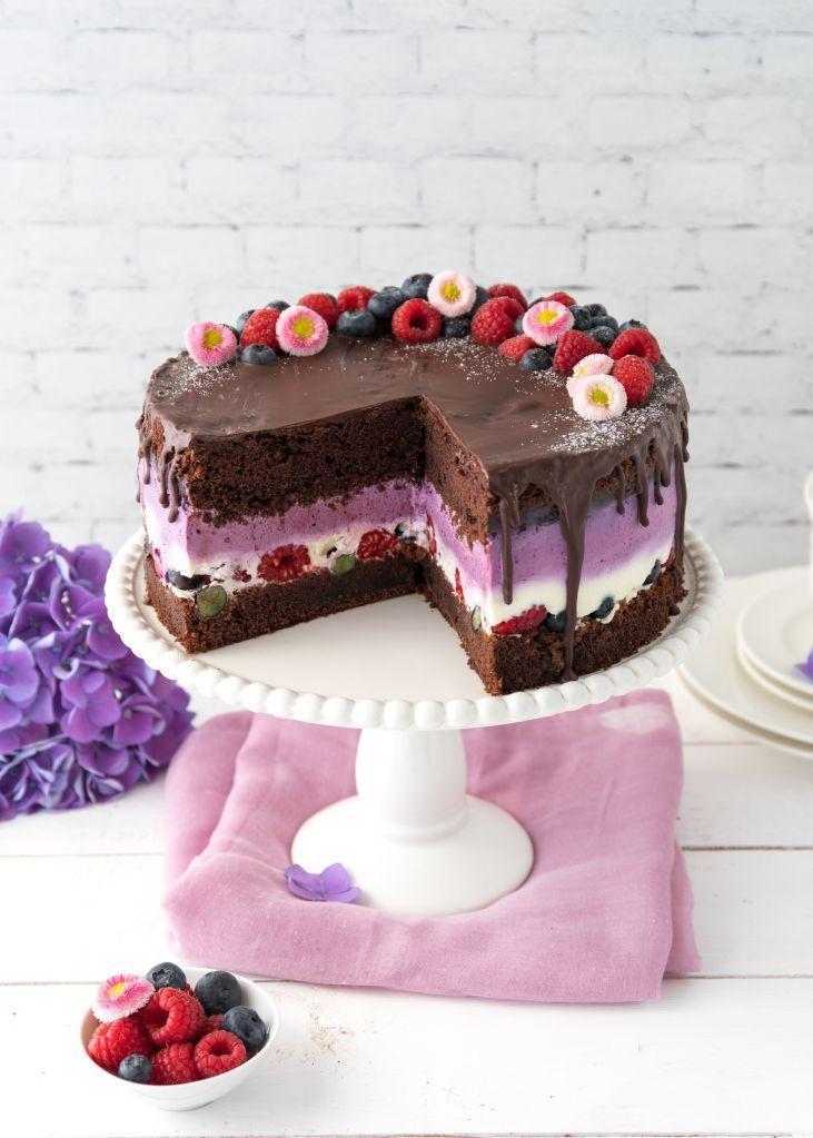 Schokoladen torte mit beeren eine verlosung werbung for Dekoration kuchen