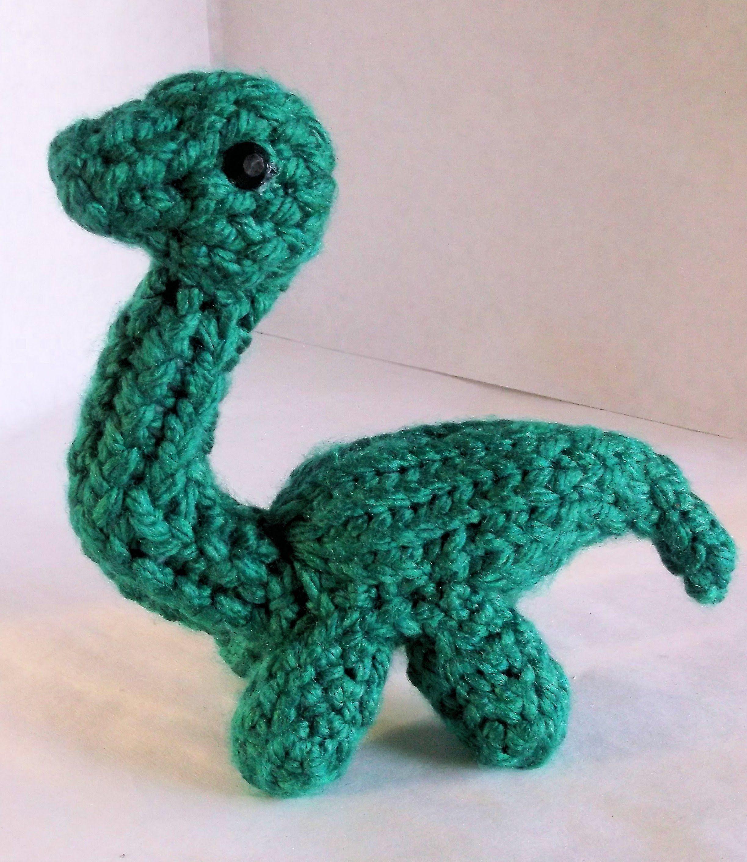 How to Loom Knit a Dinosaur | Loom knitting projects, Loom ...
