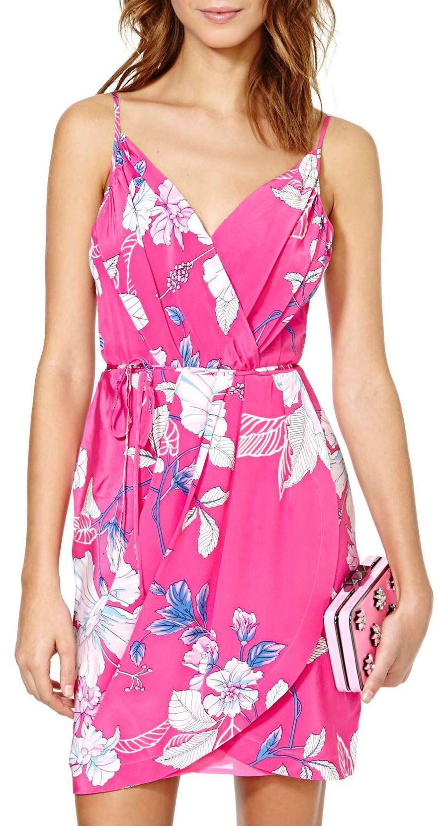 Floral wrap dress | Love the looks | Pinterest | Bodas en la playa ...