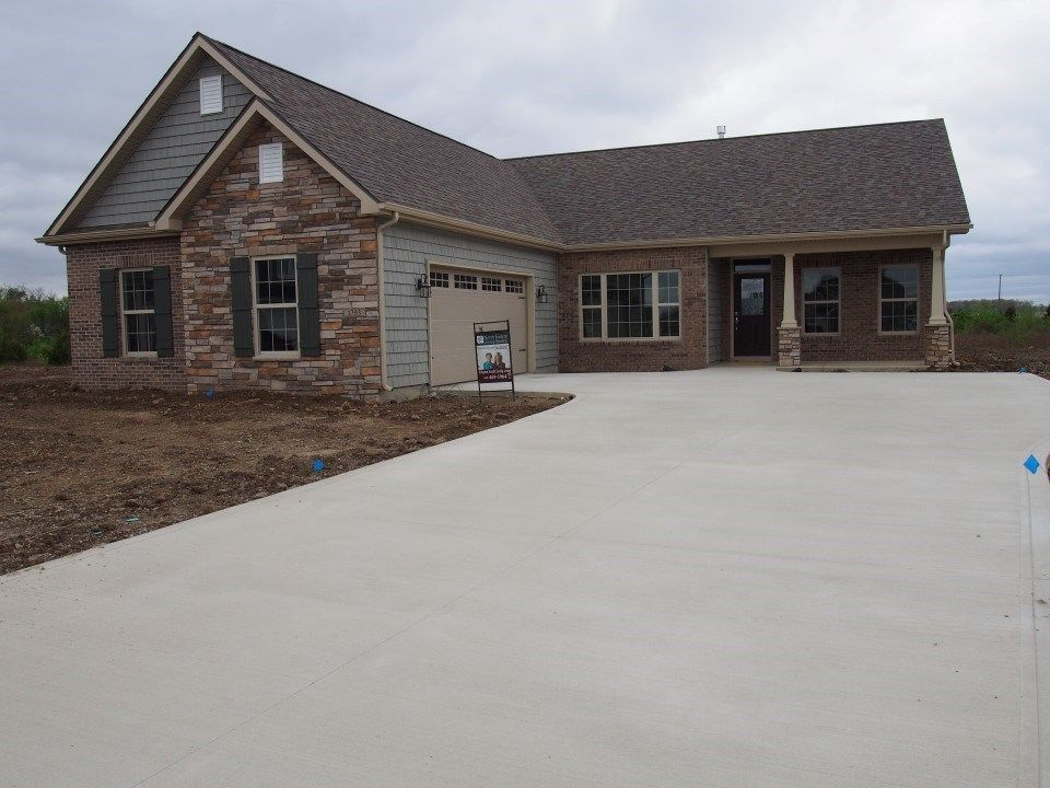 Brand new split 3 Bed 25 bath ranch with a wonderful open floor – Majestic Homes Floor Plans