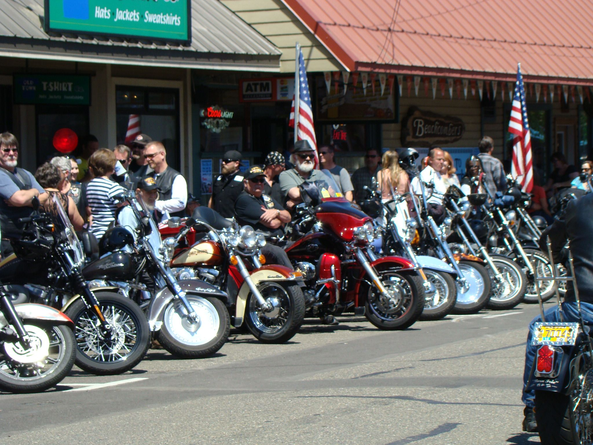 Florence Oregon Bike And Car Show Brought To You By House Of
