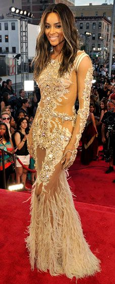 Ciara showed off her newly long and dark locks in a glittering, sexy Givenchy Couture ensemble at the 2013 VMAs #HauteCouture #RedCarpet