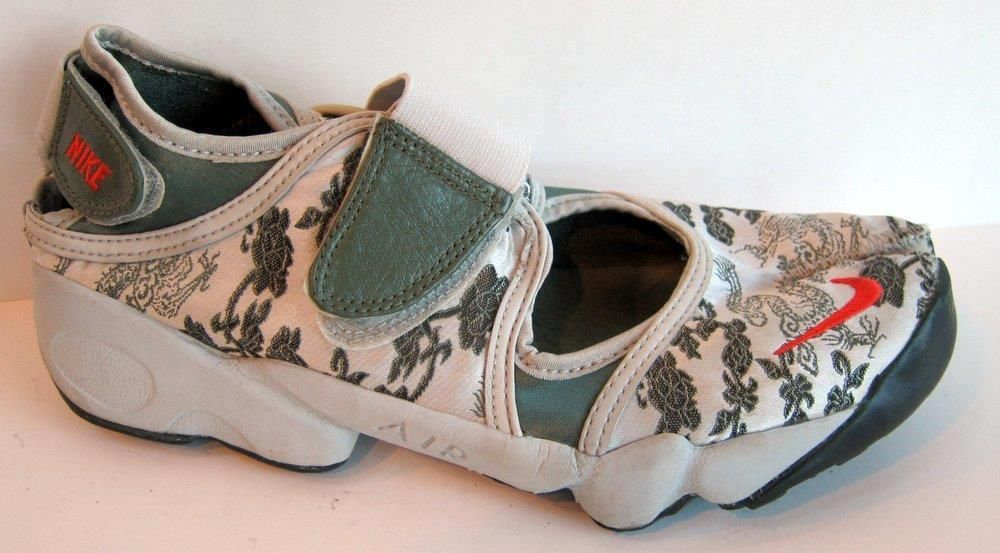 398bf900f NIKE Air Rift Satin Green Dragon Split Toe Shoe Size 42.5 US M 9 Women 10.5   Nike  RunningCrossTraining