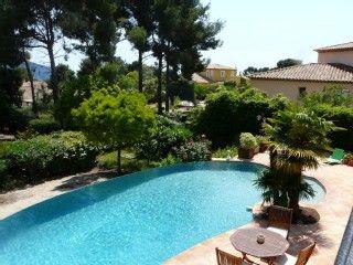 Villa+in+Les+Lecques+met+2+Slaapkamers,+plaats+for+7+personenVakantieverhuur in Les Lecques van @HomeAway! #vacation #rental #travel #homeaway