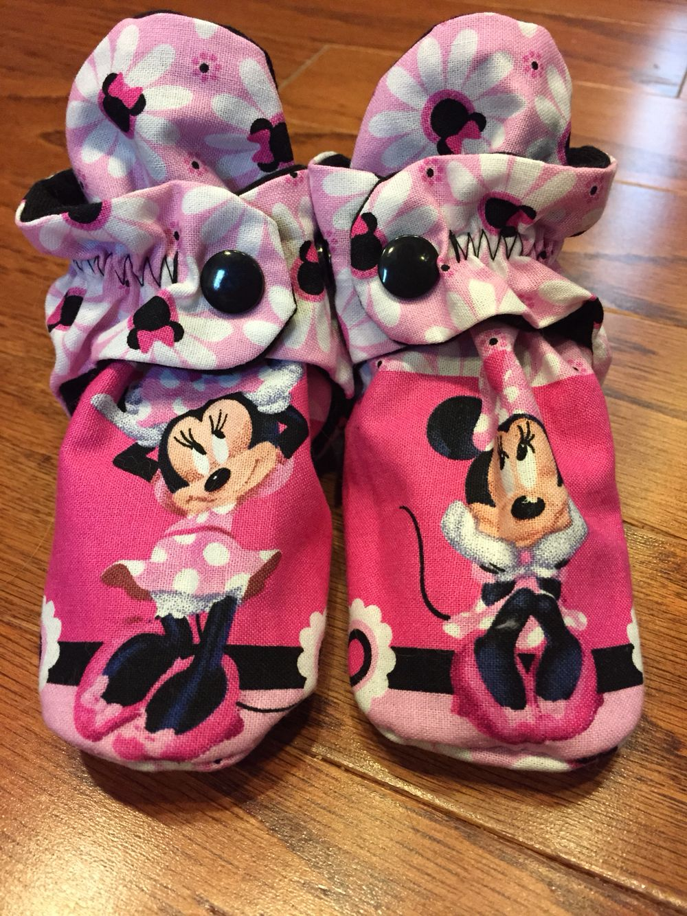 Custom baby booties. www.facebook.com/tootsietraps
