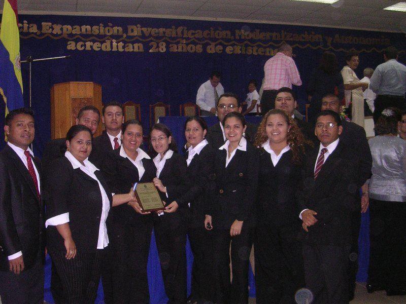 Reconocimiento al Coro Arpegios por la Facultad Multidisciplinaria de Estelí (UNAN)