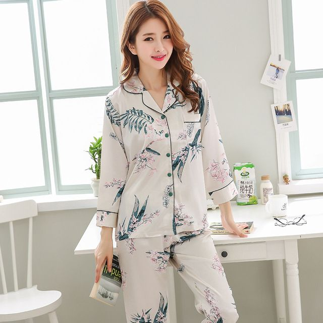 Women s Pyjamas Sets Double Sided Silk Casual Ladies Nightwear Plus Size Women s  Winter Sleepwear 2018 Women e58bc737f