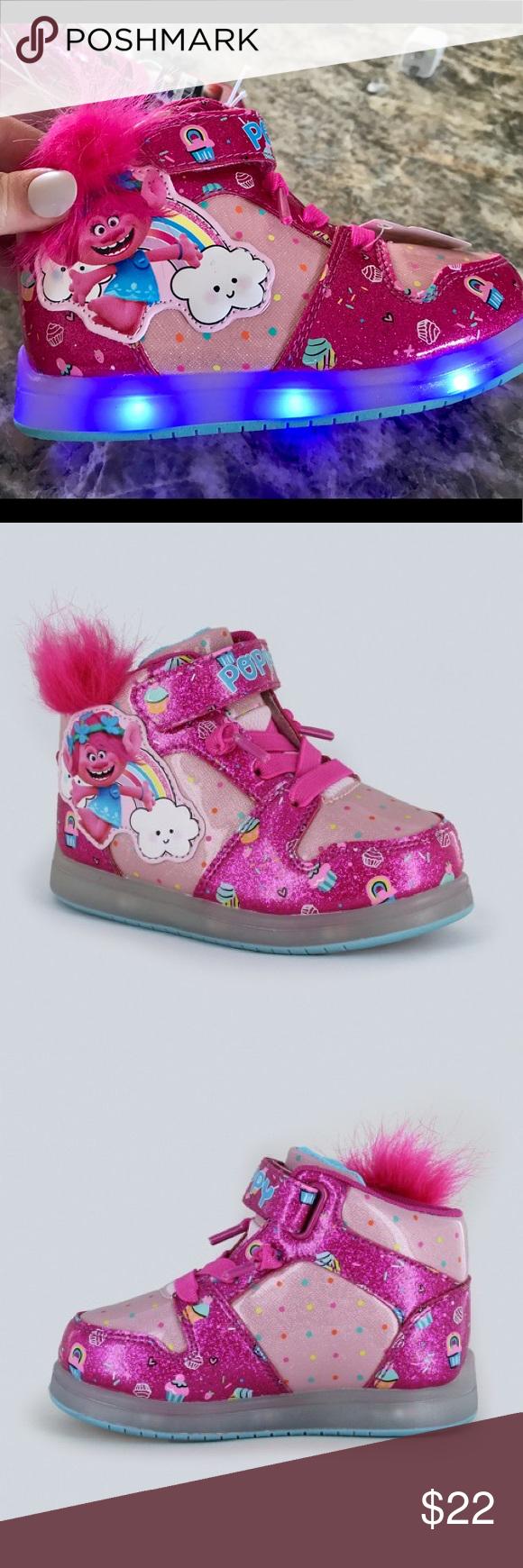 Toddler Girls Pink Poppy Trolls Light