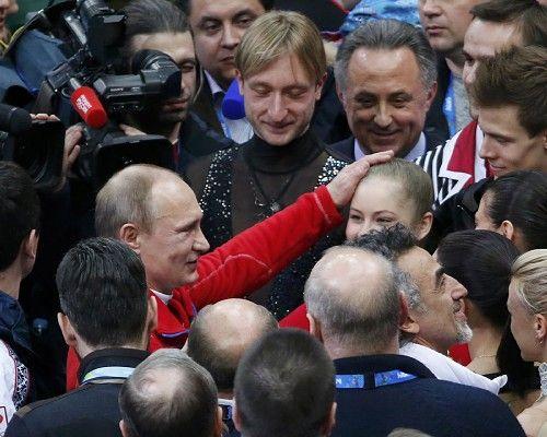 Ice Jewels, リプニツカヤをねぎらうプーチン大統領 2:zimbio